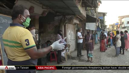 India's slum dwellers left without work amid COVID-19 pandemic | Video