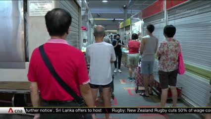 Crowds appear to thin at wet markets after NEA releases peak hour timings | Video