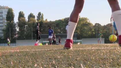 France football: Young players seek glory after World Cup win | Video
