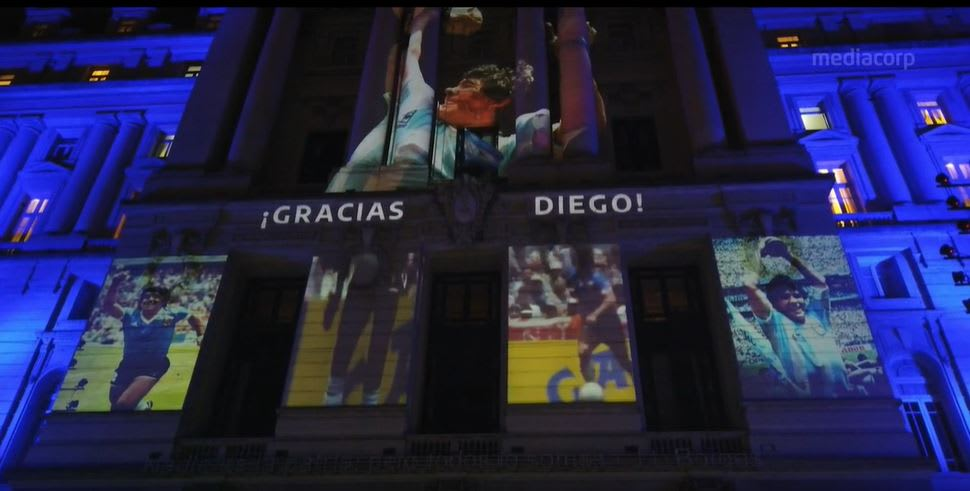 Argentines pay tribute to Diego Maradona in Buenos Aires | Video