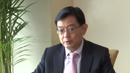 World has to be prepared for 'fairly prolonged' trade war: Heng Swee Keat | Video