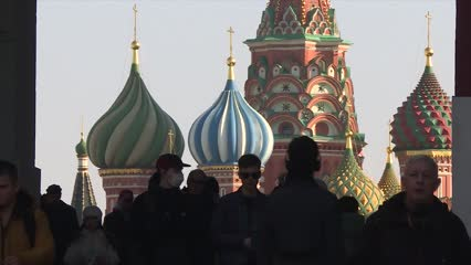 COVID-19 forces delay of referendum set to keep Russia's Putin in power | Video