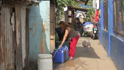 Humanitarian aid project provides clean water for underprivileged in Manila   Video