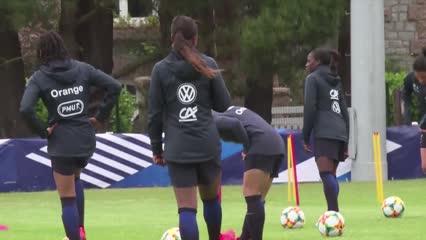 Women's World Cup kicks off in Paris | Video