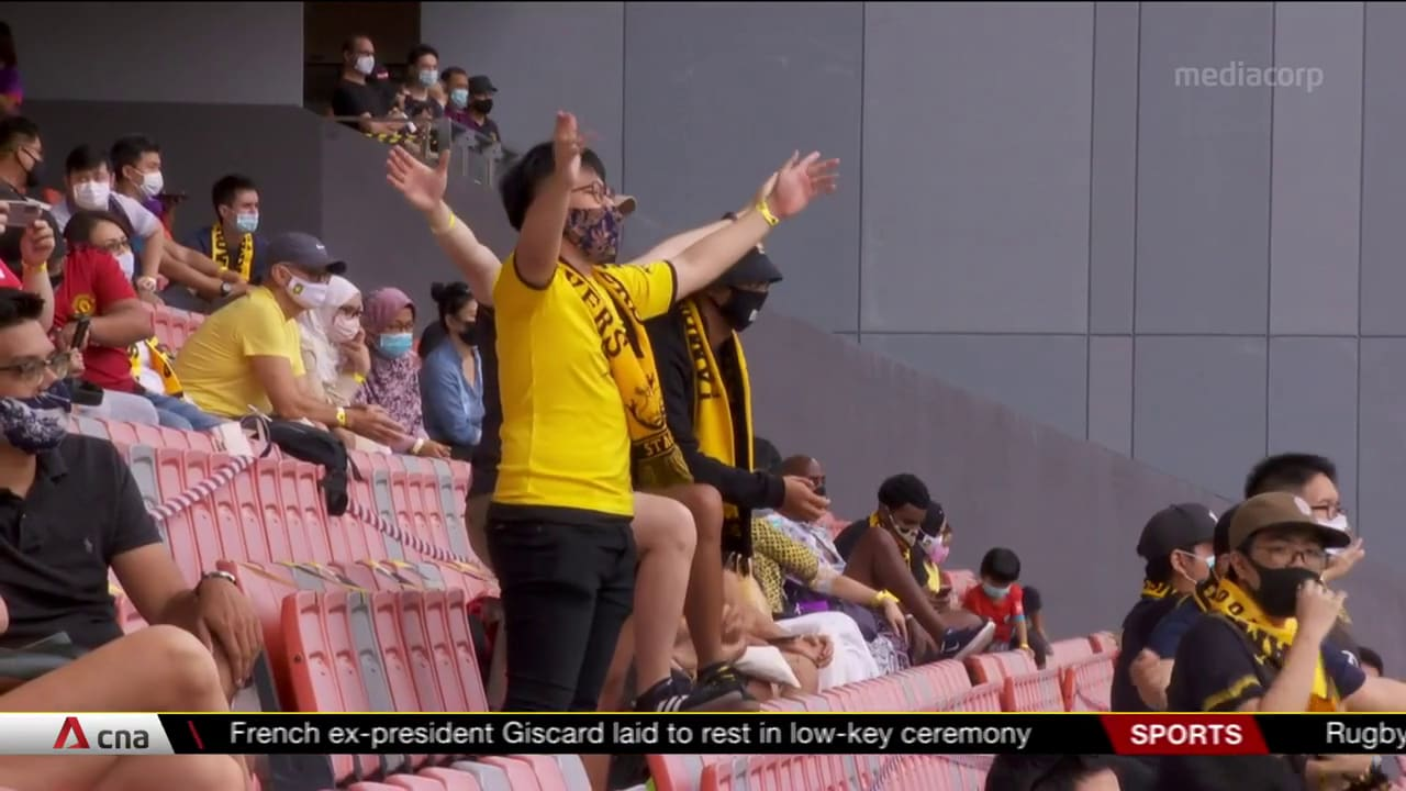 Fans return to the stadium for Singapore Premier League match as part of pilot | Video