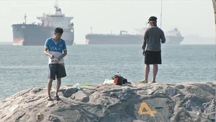 Tackling rising sea levels in Singapore | Video