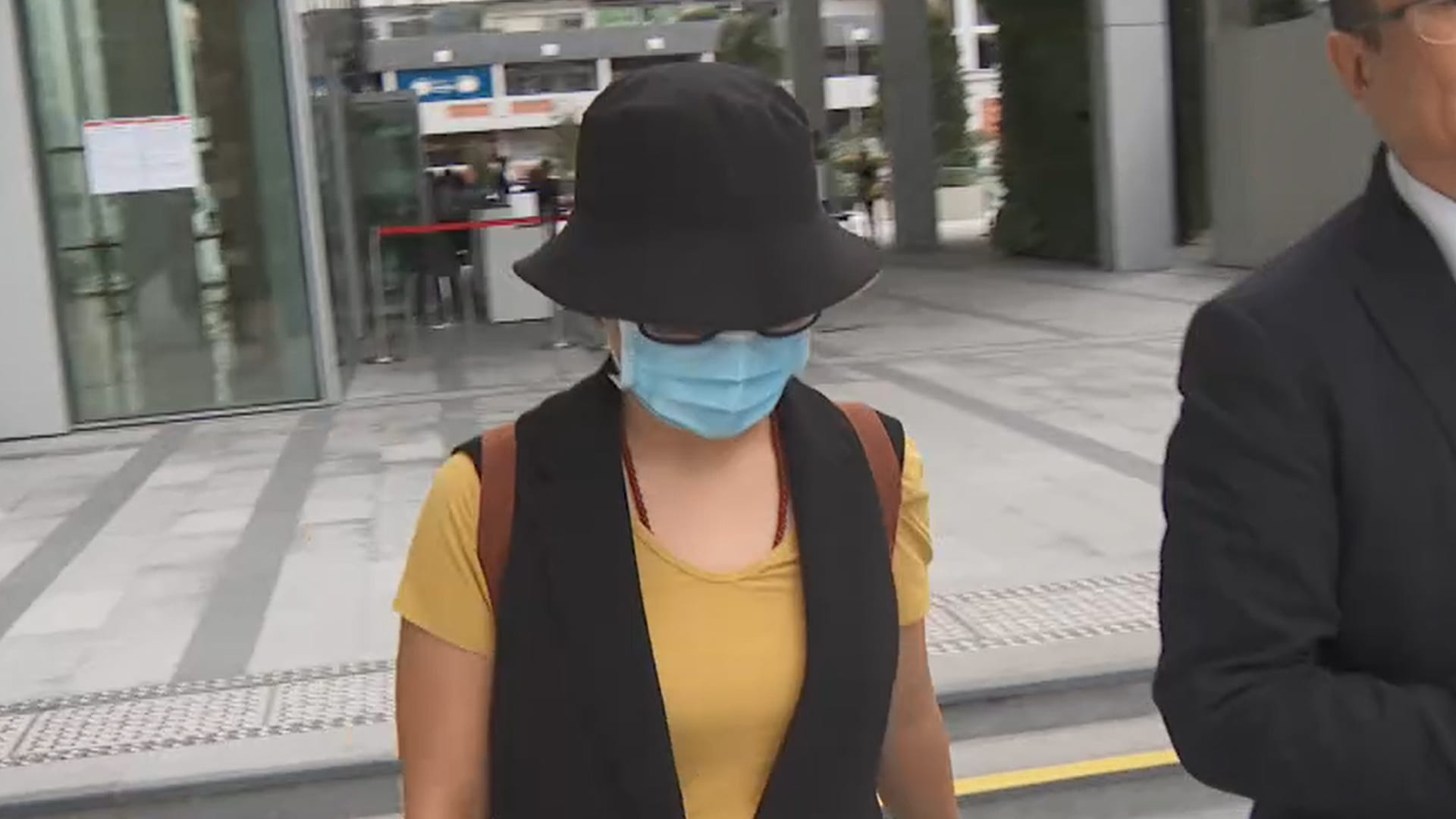 China couple charged for obstructing COVID-19 containment work in Singapore | Video