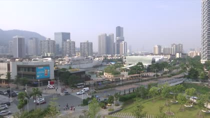 China strives for cleaner air quality with electric vehicles   Video