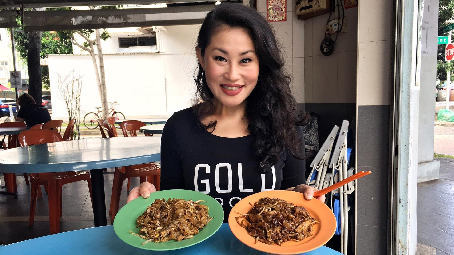 Char kway teow with the most intense 'wok hei' in Joo Chiat | CNA Lifestyle