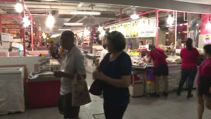 Are wet markets still popular in Singapore? | Video